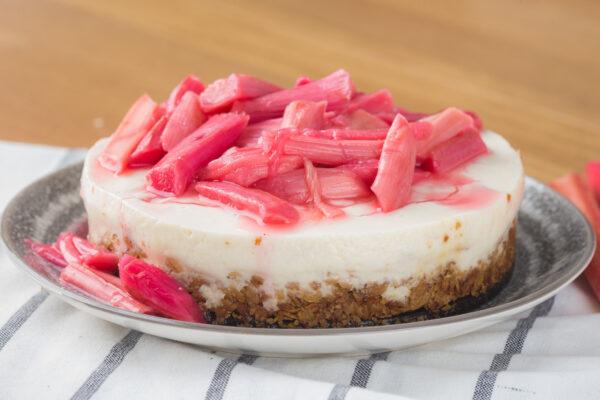 Rhubarb & Ginger Cheesecake